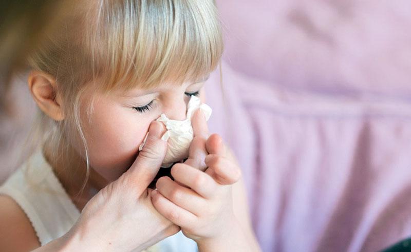 زمان سرماخوردگی کودکان و بخور سرد