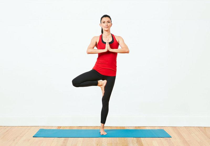 بررسی تمرینات یوگا برای مردان