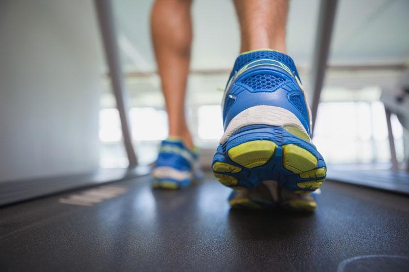 نحوه صحیح ورزش کردن با تردمیل