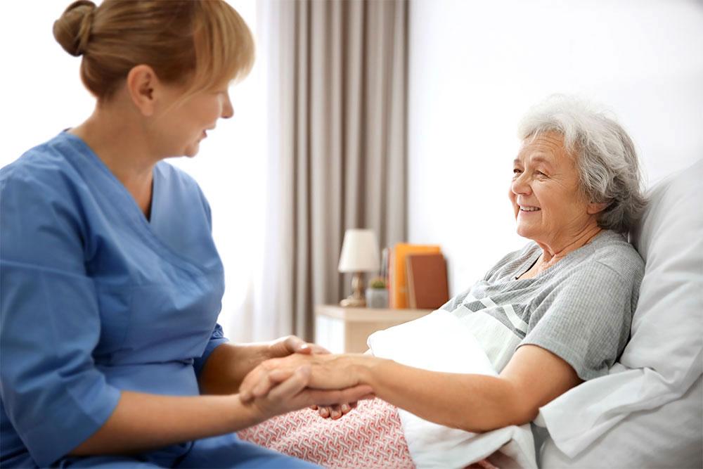 همه چیز درباره ی زخم بستر در سالمندان