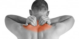 دلایل درد گردن و شانه چیست؟